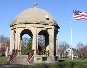 Image of the pergola on Salem Common